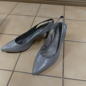 Life Stride gray slingback pump US womens' size 10